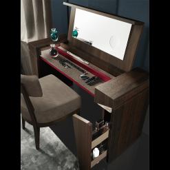 bedroom accademia vanity 011