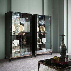 mont noir curio cabinet liveshot 001