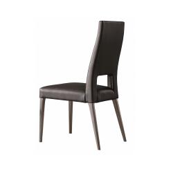 Alannis Chair1 1