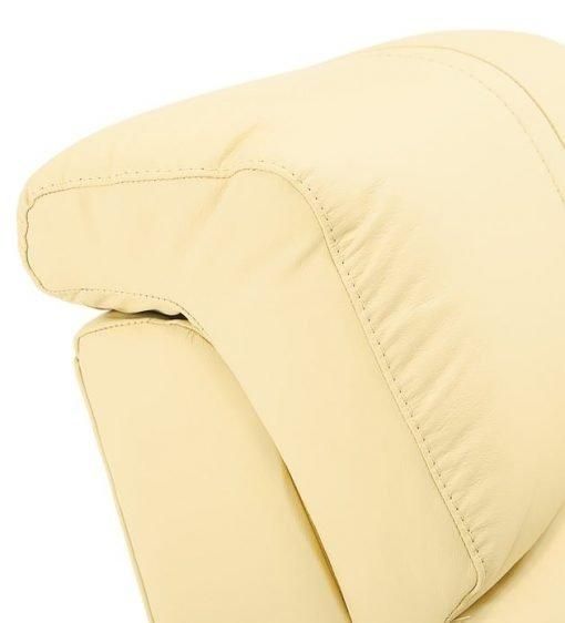 Flicks headrest details